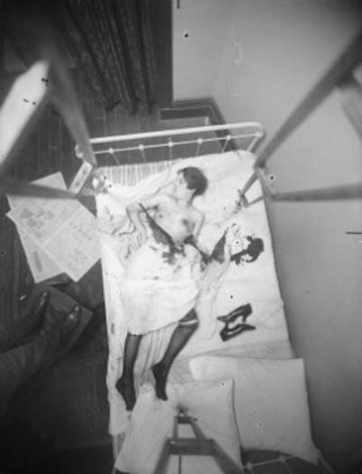 Homicide bedroom female victim 1916-1920