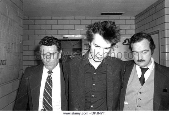 Sid Vicious going to court,1978 Adam Scull(CreditImage©GlobePhotos/ZUMAPRESS.com)