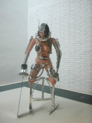 Weaponized Cyborg-Women from Fan Xiaoyan