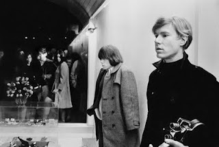 brian-jones-with-andy-warhol-in-new-york-boutique-paraphernalia-1966