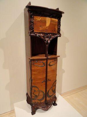 Cabinet,_Louis_Majorelle_-_Indianapolis_Museum_of_Art_-_DSC00556