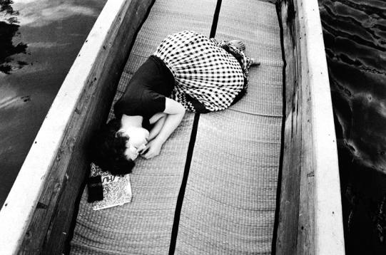 002-nobuyoshi-araki-sentimental-journey-1971