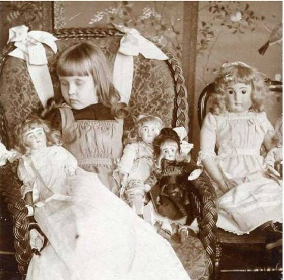 A deceased young girl and her dolls.