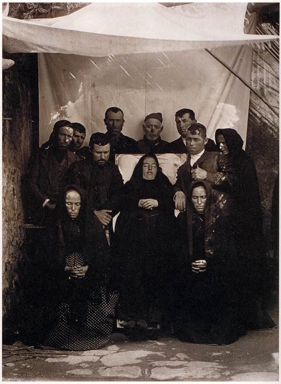 Fernando Navarro, Mourning in Totana (Murcia), ca. 1905