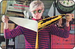 andy_warhol_with_the_banana_color