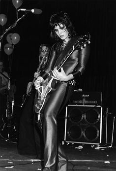 Joan Jett, Tropicana Motel 1979 ©Photo by Donna Santisi